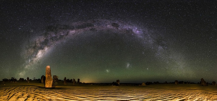 Tak Hanya Hujan Meteor, Dua Galaksi Tetangga bisa disaksikan di Langit Indonesia Oktober Ini