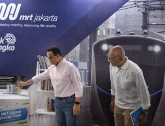 Pojok Baca MRT, Upaya Jakarta Untuk Tingkatkan Literasi Warganya