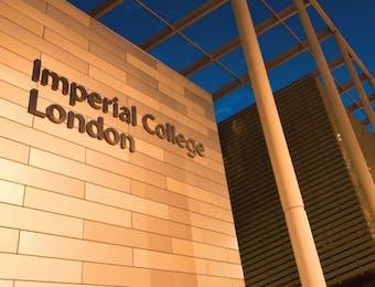 Ajang Indonesian Night 2017 Menarik Perhatian Imperial College, London