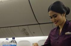 Menjelajah Angkasa dengan Busana Khas Indonesia