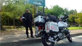 Pria ini Menjadi Orang Indonesia Pertama yang Keliling dunia Menggunakan Motor
