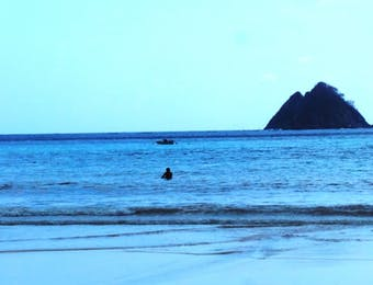 Mitos Tersembunyi Dibalik Pulau Gunung Wayang di Lombok