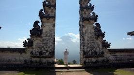 Kabar Gembira! Status Gunung Agung Diturunkan, Bali Siap Sambut Liburan Akhir Tahun