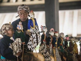 Nama Silsilah Keluarga dalam Budaya Jawa: Trah Leluhur