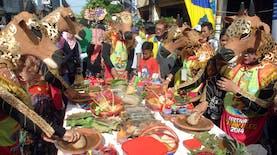 Rujak Uleg: Makanan Khas yang Disulap Menjadi Festival