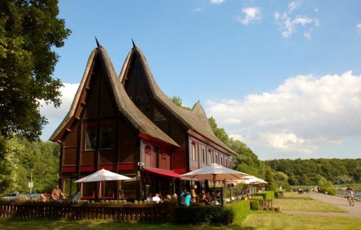 Rumah Adat Indonesia. Di Jantung Eropa