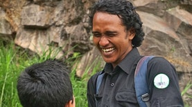 Berangkat Dari Kesulitan Mencari Perguruan Tinggi, Pemuda Asal Bandung Dirikan Rumah Pelangi