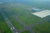 NAM Air yang Pertama Kali Mendarat di Runway 3 Soetta