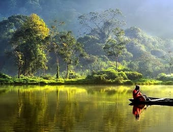 Makin Jaya, Wonderful Indonesia Kali Ini Bawa Pulang Piala Festival Film Wisata Internasional!