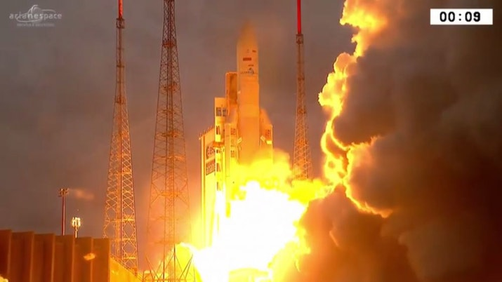 7 Fakta Membanggakan tentang Satelit Telkom 3S yang Perlu Kamu Tahu