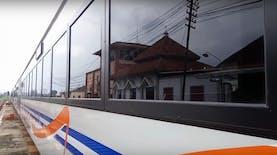 (Foto) Interior Kereta Api Baru PT KAI 2016. Keren
