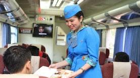 Sekarang Bisa Pesan Makanan Kereta Api Sebelum Berangkat, Lho!