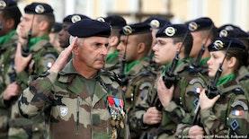Seragam Militer NATO dari Jantung Pulau Jawa