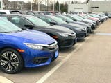 Pasar Mobil Bekas yang Makin Menggiurkan Jelang Akhir Tahun
