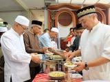 Gambar sampul Ngejot, Tradisi Berbagi Makanan Bukti Toleransi Beragama di Bali