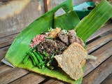 Gambar sampul Mencicipi Lezatnya 5 Makanan Tradisional Khas Solo