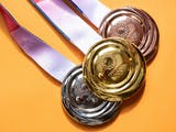 Gambar sampul Manfaatkan Limbah Elektronik, Ini Detail Pembuatan Medali Olimpiade Tokyo 2020