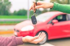 Kiat Membeli Kendaraan Over-Kredit Agar Asuransi Tak Hangus