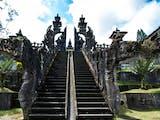 Gambar sampul Raja Naga Basuki, Dewa Penyeimbang Alam Semesta Kepercayaan Orang Hindu Bali