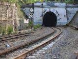 Gambar sampul Kisah Lampegan, Terowongan Tertua di Indonesia dan Misteri Hilangnya Penari Ronggeng