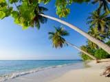 Gambar sampul Rekomendasi Pantai Terindah di Pulau Jawa