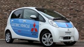 Siap - Siap Mobil Listrik Mengaspal Di Indonesia !