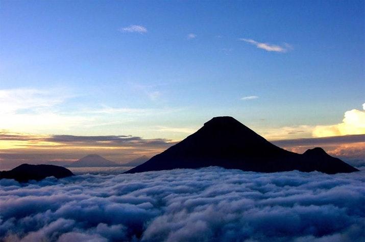 Tempat Berkumpulnya Bidadari Ada di Gunung Jawa Tengah!