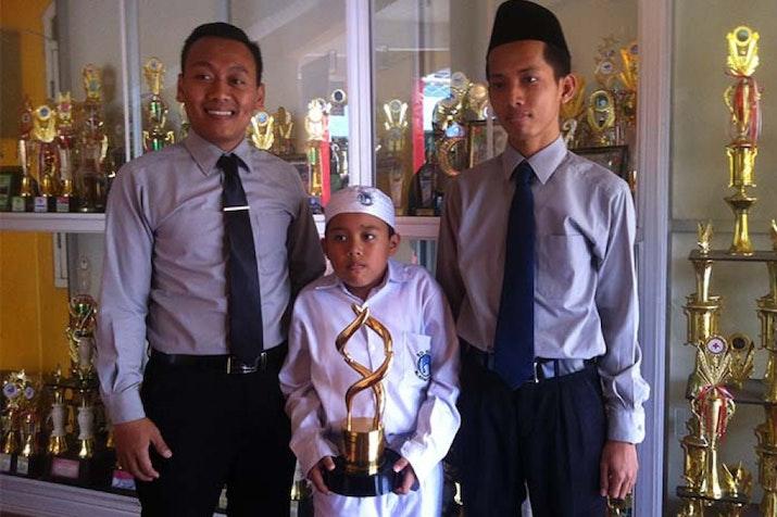 Siswa SD asal Semarang ini Temukan Alat detektor Berat Tas