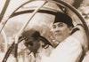Soekarno presiden pertama di dunia punya helikopter kepresidenan