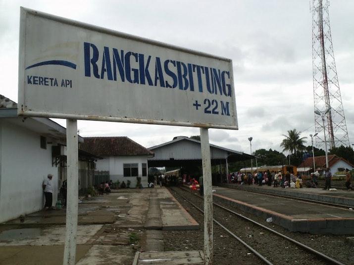 Salah Satu Stasiun Tertua Di Indonesia