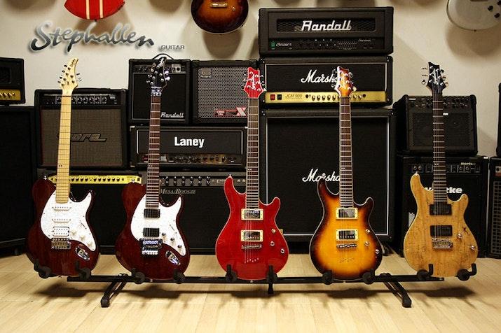 Berkat Gitar Custom ini, Sidoarjo Mendunia