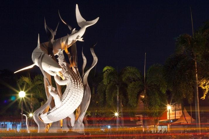 """Wanita Besi dari Surabaya Raih Penghargaan Dunia """"Ideal Mother"""""""