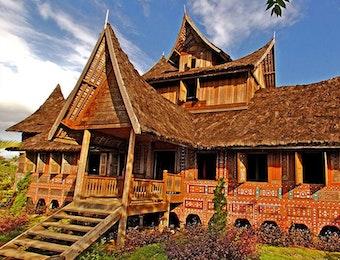 Melihat Kemiripan Yang Ada Dari Taman Nusa Dengan Taman Mini Indonesia