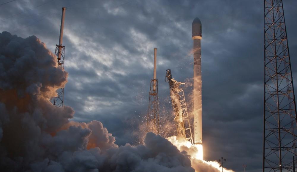 Fifth image of Telkom Bakal Lebih Hemat Berkat Roket Spacex with Kabar Terbaru Tentang Satelit Ke-11 Milik Indonesia yang ...