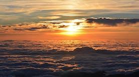 Puncak Pilar, Negeri di Atas Awan dari Sukabumi