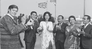 Gambar sampul The Lensoist, Grup Penyanyi Andalan dan Upaya Soekarno Tandingi Musik Rock di Tanah Air