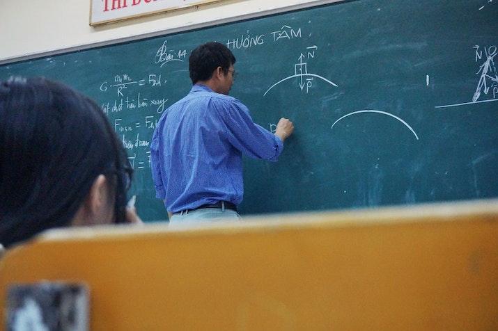 Untuk Mengasah Analisa Siswa, Guru Ini Punya Tipsnya!