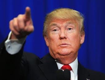 Wow!! Jas Merk Donald Trump Ternyata Asli Buatan Indonesia