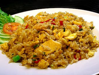 Trying Nasi Goreng and Sate in Chinese Bazaar
