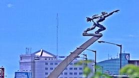 Kisah Keberanian Dirgantara Indonesia Dibalik Patung Terkenal Ini