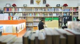 Kolong Jalan Layang Juga Bisa Jadi Gudang Ilmu Pengetahuan