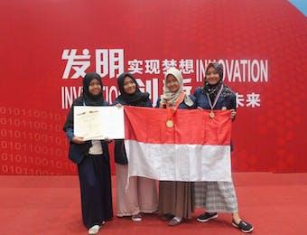 4 Mahasisiwi di Timur Jawa Dwipa Raih Emas di Tiongkok Berkat Inovasinya