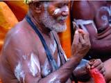 """Gambar sampul Masyarakat Papua dan """"Permen"""" Kebanggaannya"""