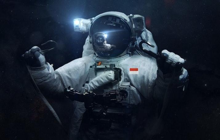 'Astronot' Amerika, 'Kosmonot' Rusia, 'Taikonot' Tiongkok, 'Angkasawan' Malaysia,  Kalau Istilah Untuk Astronot Indonesia?