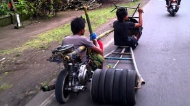 "Foto-foto : Para ""Mad Max"" Khas Indonesia"