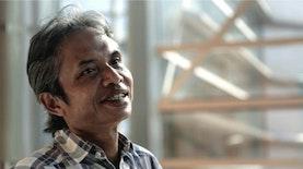 Merayakan Hari Buku Nasional Melalui Selamat Menunaikan Ibadah Puisi Karya Joko Pinurbo