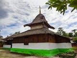 Gambar sampul Wapauwe, Masjid Kuno Peninggalan Islam yang Tak Lekang oleh Waktu