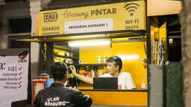 Di Warung Ini, Pengunjung Bisa Akses Internet dan Pesan Penginapan