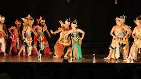 Ludruk dan Ketoprak, Dua Teater Tradisional Yang Bebeda