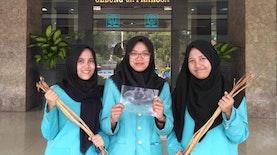 Plastik Ramah Lingkungan dari Limbah Eceng Gondok